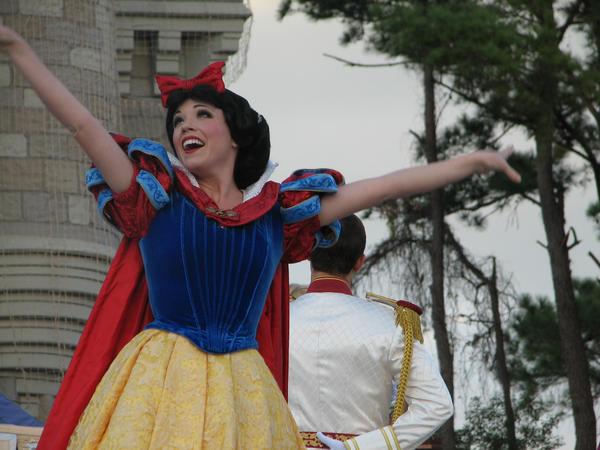 Snow White by Katiea14