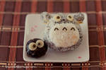 Totoro Onigiri by kawaiikakkoiisugoi