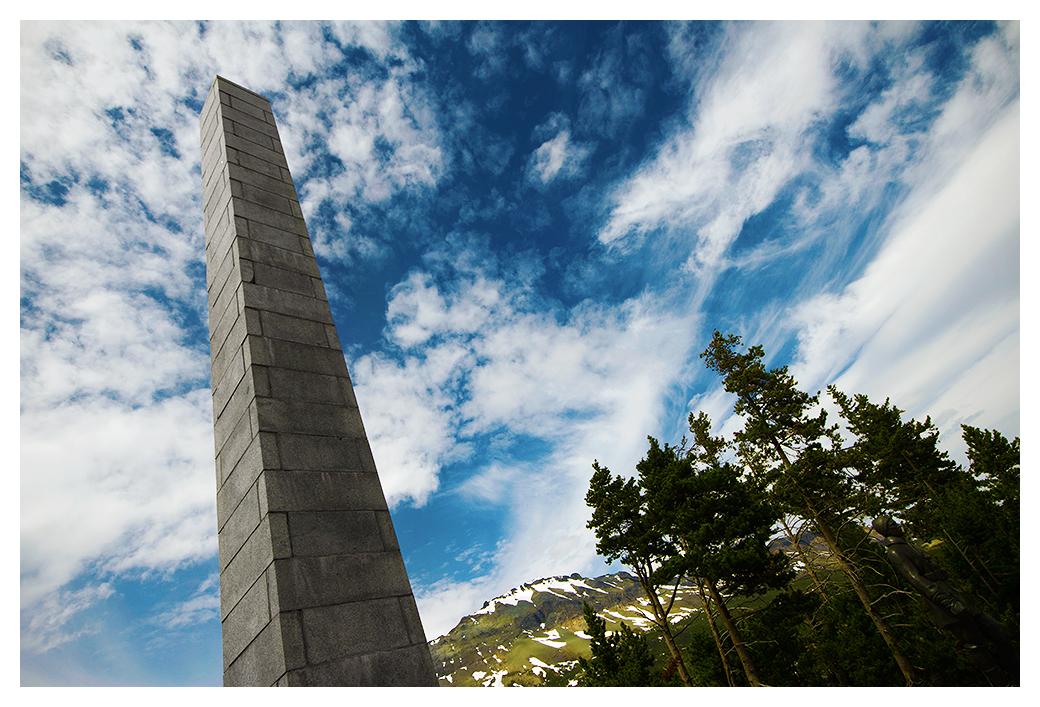 Roosevelt Monument by banjoeskimo