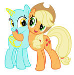 Applejack Hugging Base (10)