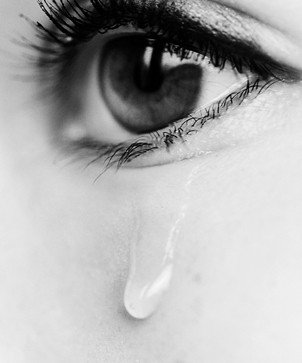 tears of pain and joy Tears of sorrow focus only on one aspect of our loss: our pain they emphasize the seriousness of the situation, bind us to our suffering, and narrow our vision if we are overweight and cry after an eating binge, for example, we add to our suffering by feeling sorry for ourselves.