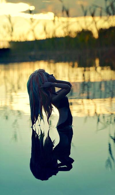 Midnight sun by Erikor