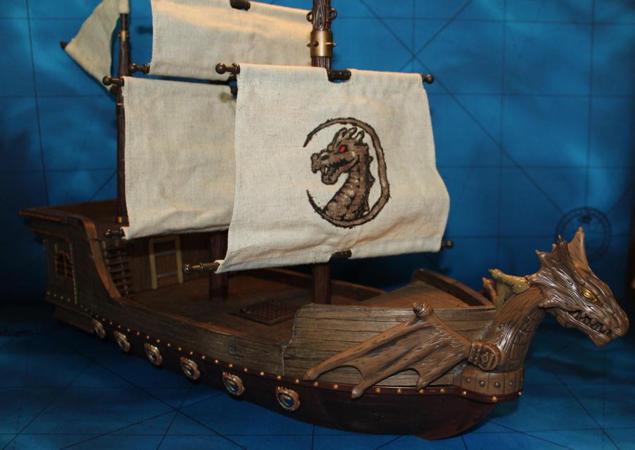 Mega bloks ship conversion Dragon Man o'war by MrVergee