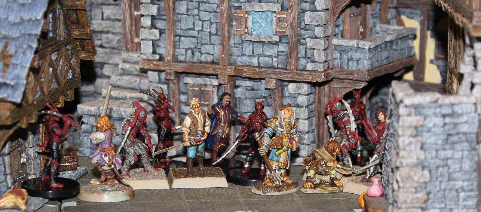 Red Mantis assassins in Old Korvosa by MrVergee