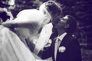Kiss by Cocodrillo