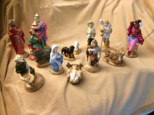 More manger scene pieces
