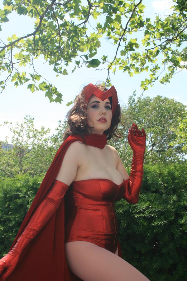 Scarlet Witch - 02