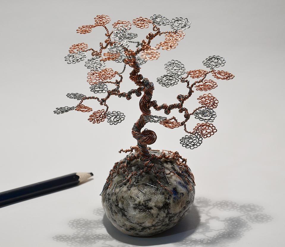 Wire tree sculpture on the rock by minskis on DeviantArt