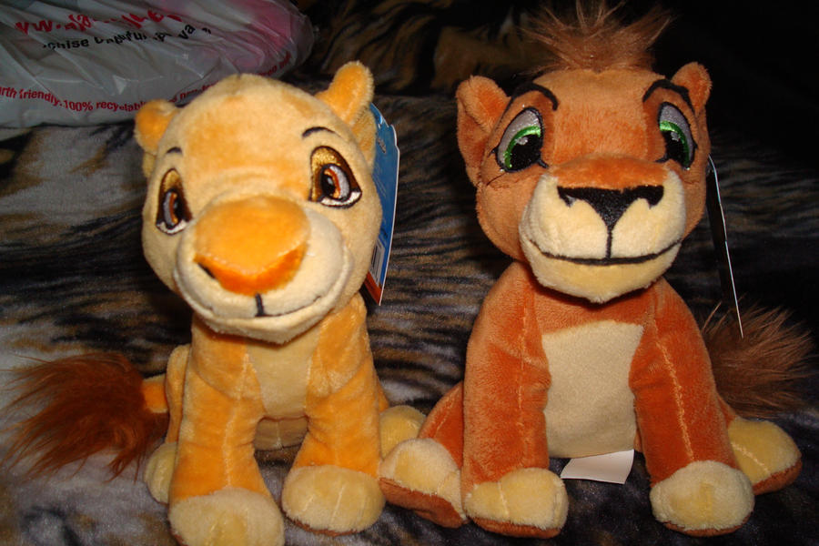 Walmart plush Kiara and Kovu 2012 by Vesperwolfy87