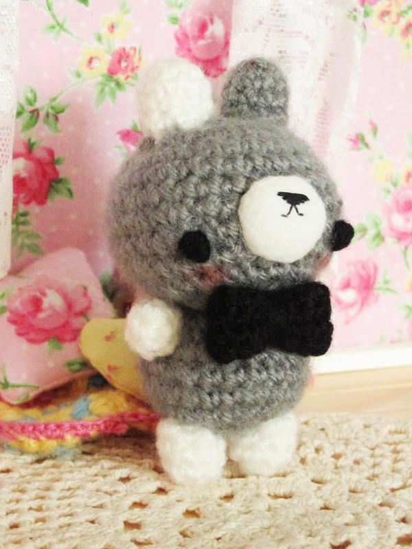 Ralph - crochet amigurumi bunny by hellohappycrafts