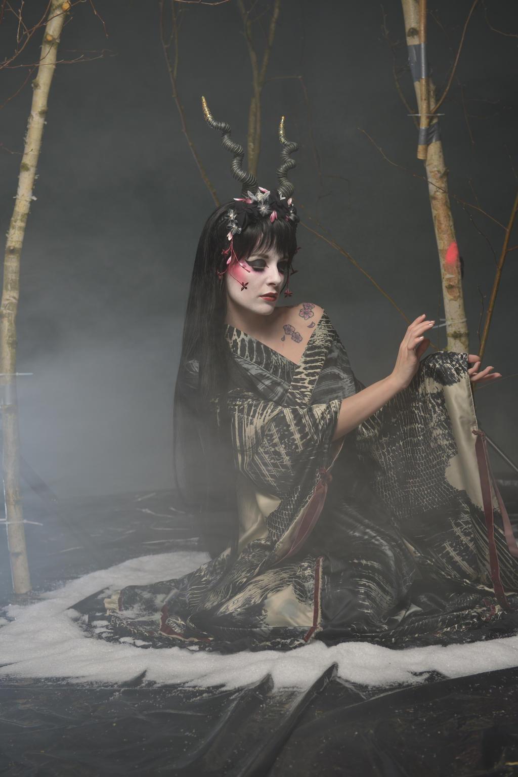 Black Geisha 02