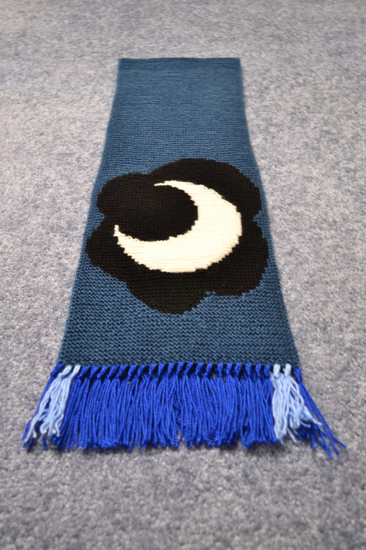 Luna Scarf by GhostOfWar909