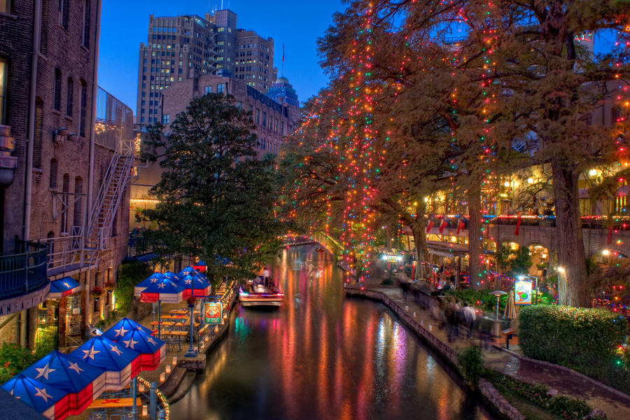 Christmas Riverwalk by wattsbw2004