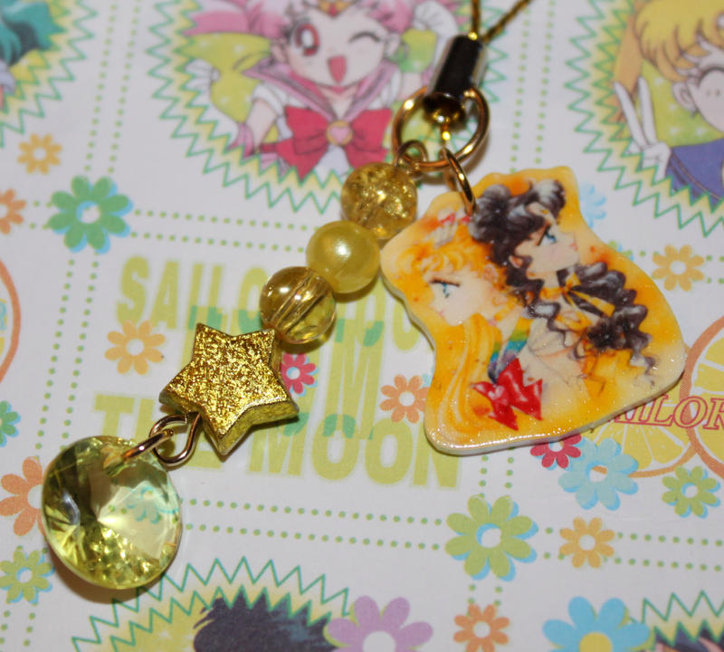 how to make acrylic charms with pictures in them