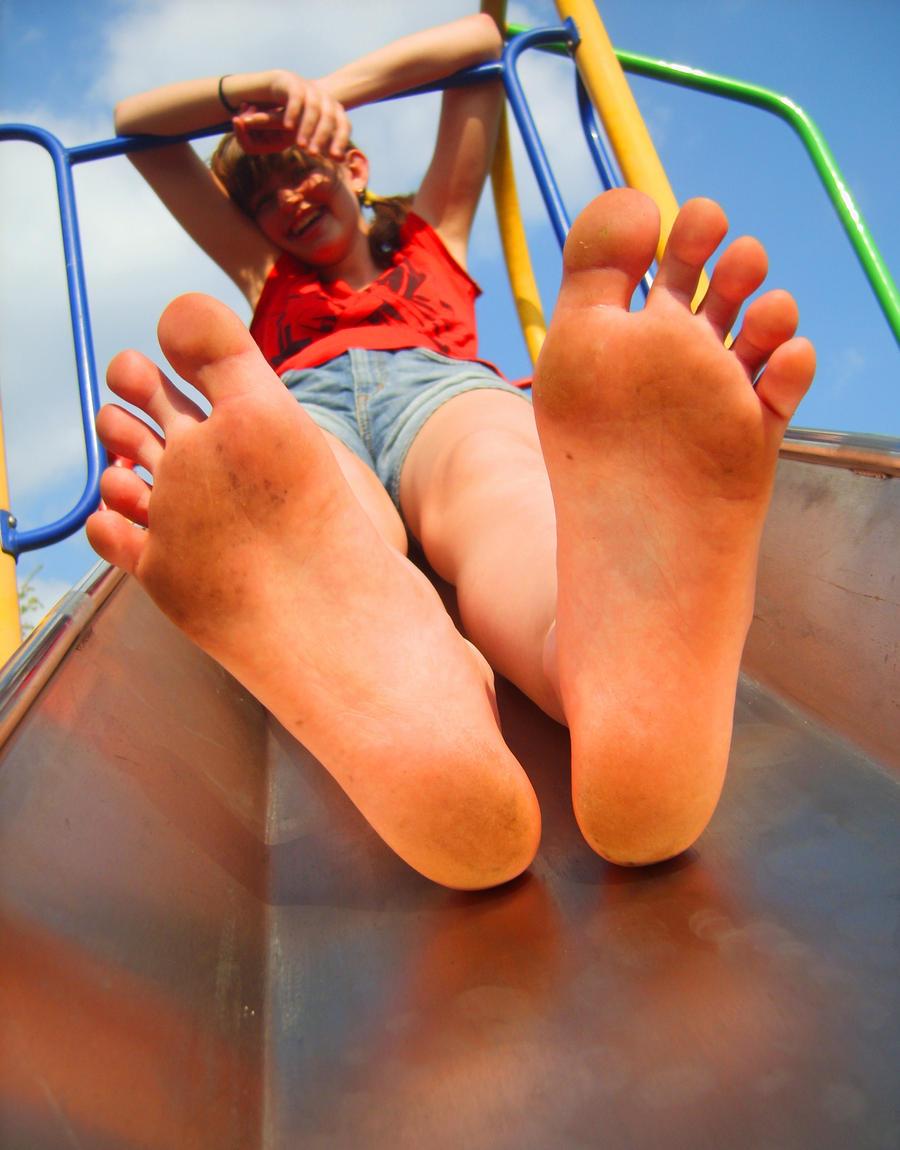 Beautiful pink toes footjob 8