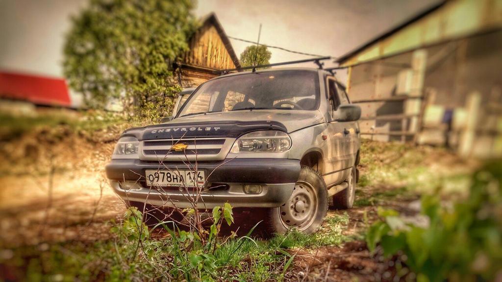 Chevrolet Niva by khmonray