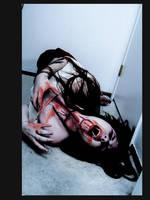 vampire screaming by souldiers