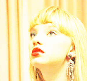 RetroRae's Profile Picture