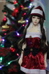 Happy Holidays ^_^ by Princ3ssEmri