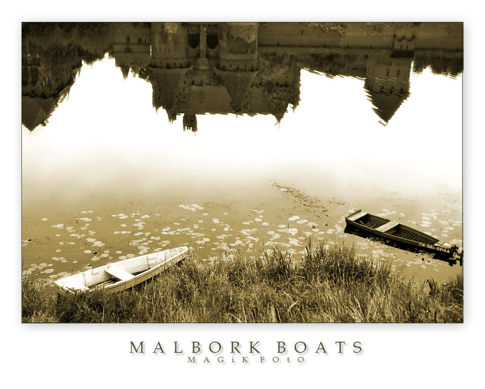 Malbork Boats by magikfoto