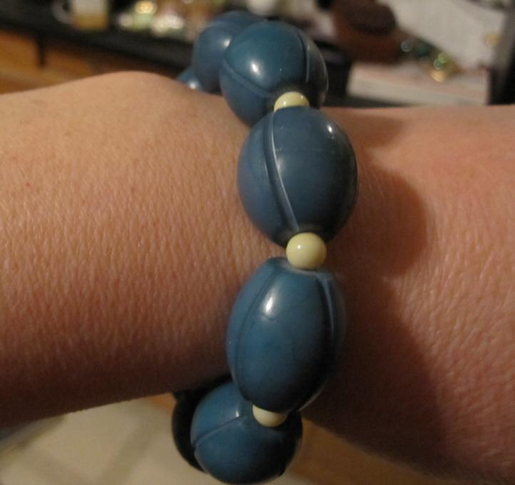 Blue and white stretch bracelet by BlackUnicornWood
