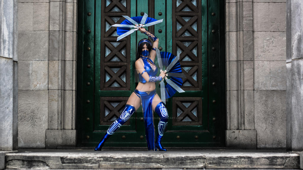 Kitana from Mortal Kombat by SophieValentineCos