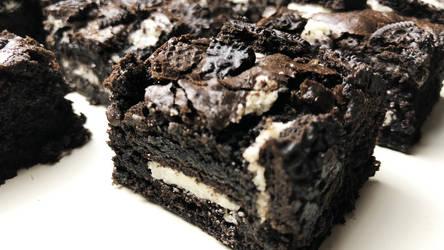 Oreo Brownies + Recipe + Video