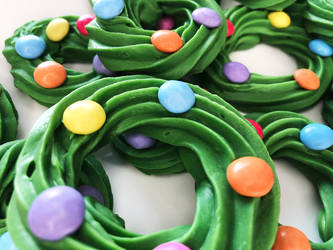 Chocolate Wreaths + Recipe + Video