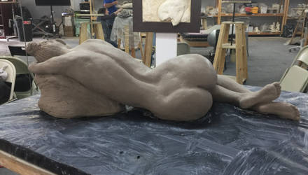 Laying lady - sculpture (back view) by Dhirrr