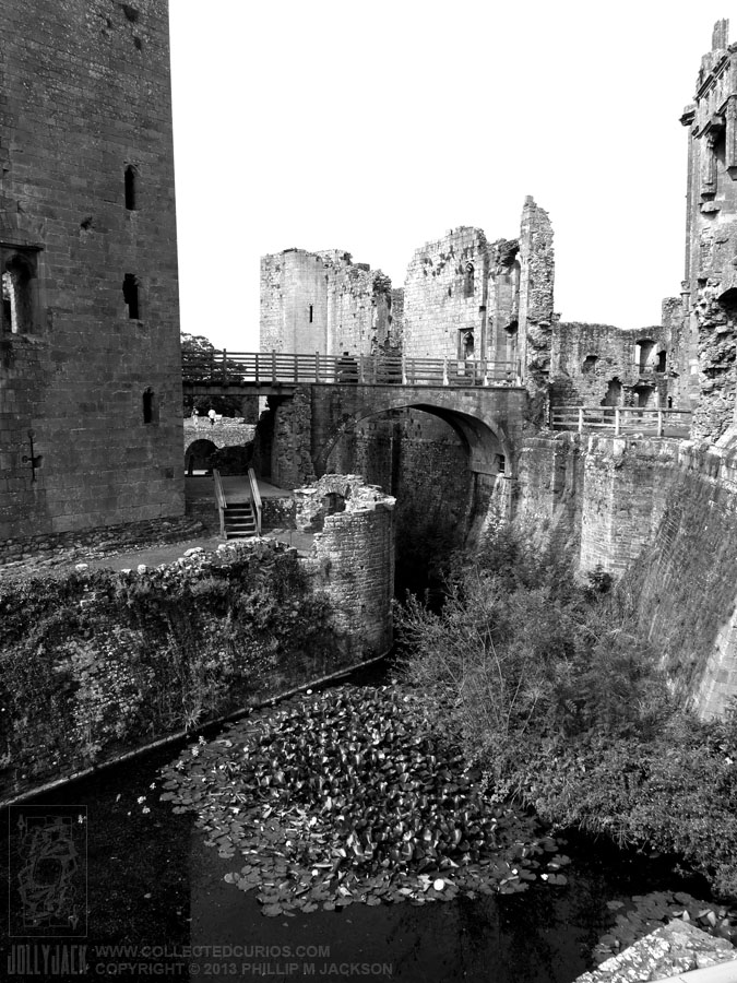 Raglan Castle 02 by jollyjack