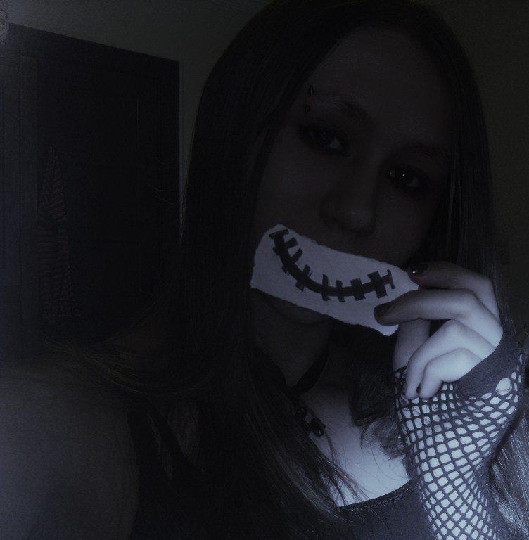 xXKittyRawrXx's Profile Picture