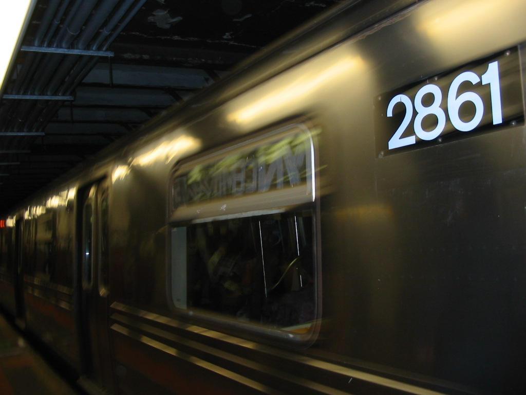 NY Subway by stevenapex
