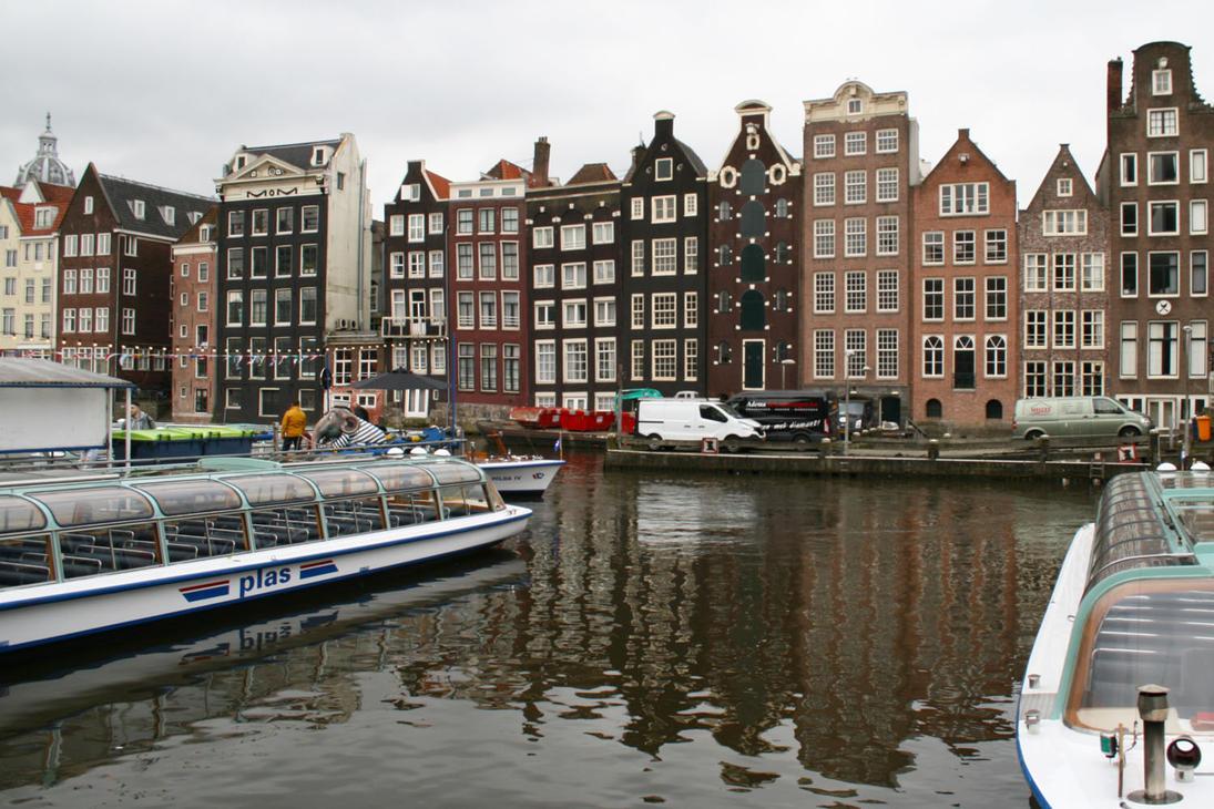 Amsterdam 1 by GravityLens