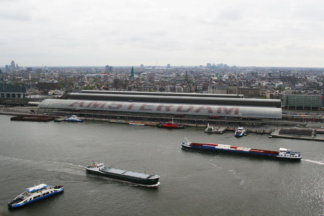 Amsterdam 2 by GravityLens