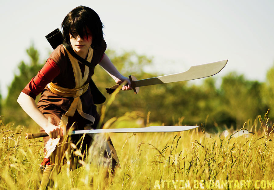 Prince Zuko cosplay with swords by Attyca