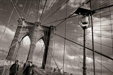 Brooklyn Bridge II by hmdll