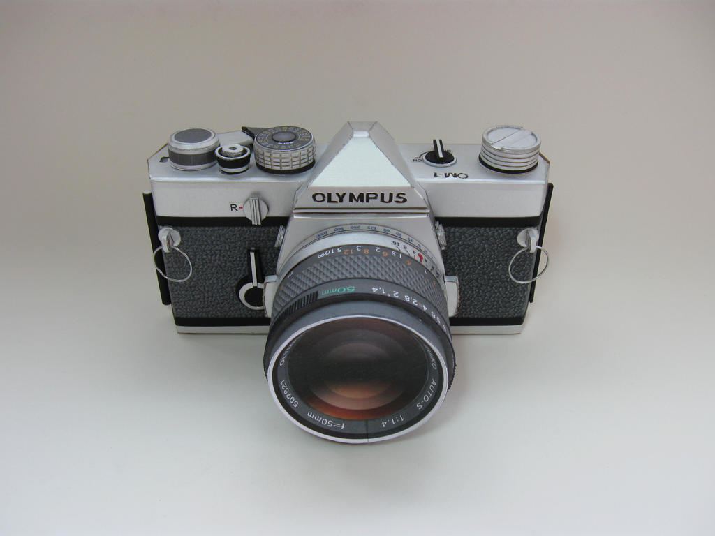 Olympus OM 1 Papercraft by airasumi