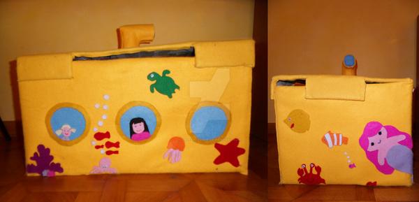 Toy's submarine box by valevalevale