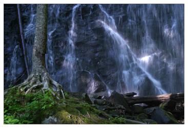 Crabtree Falls 3 by scylla