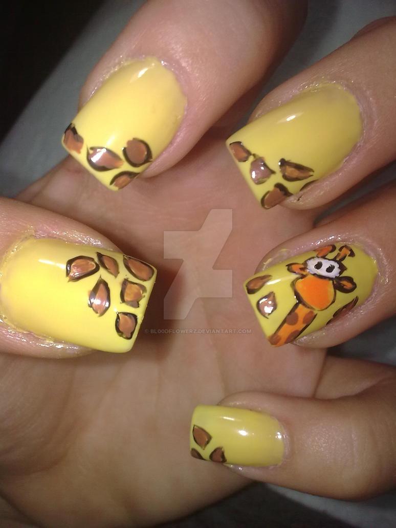 Cute Giraffe Nail Art By Bl00dflowerz On Deviantart