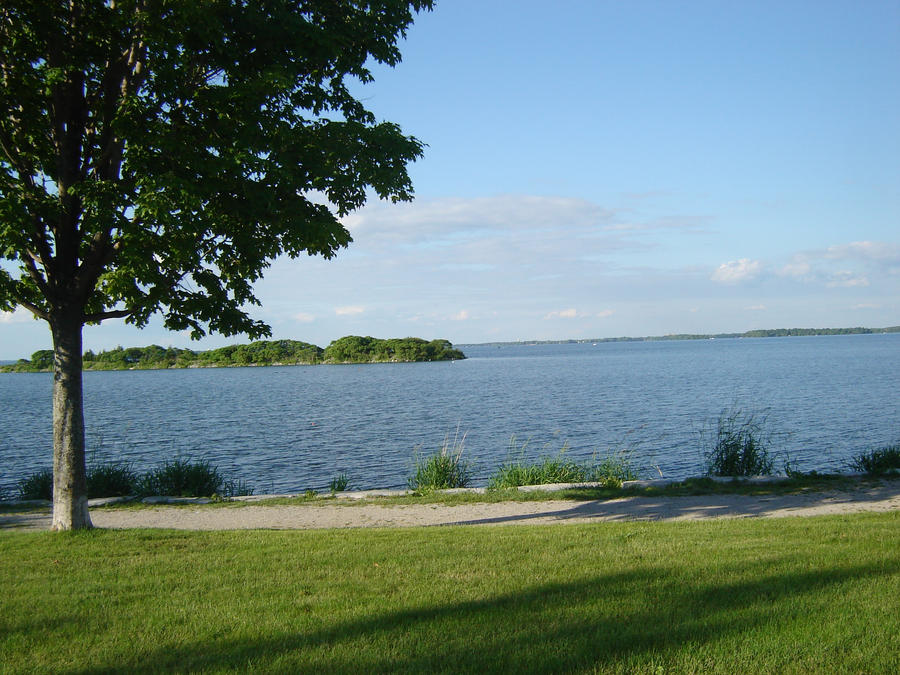 Lake Couchiching Orillia 003 by presterjohn1