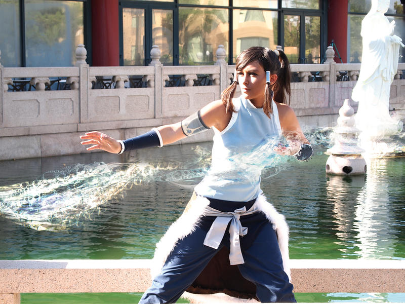 Korra Cosplay - Waterbending by Aicosu