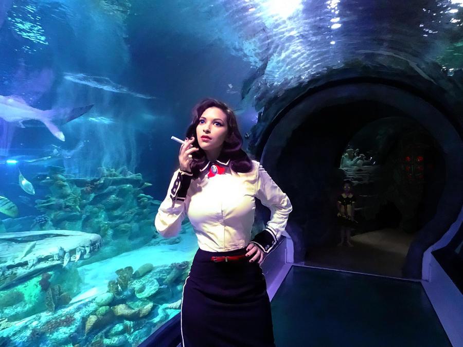 Bioshock Cosplay - Burial At Sea by Aicosu