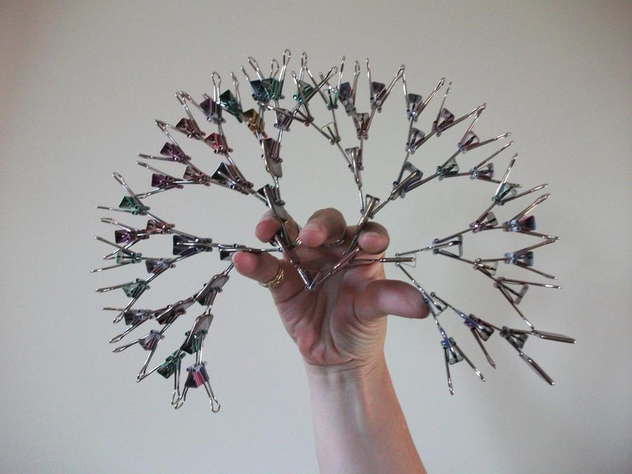 Paper Clip Tree by thebattleaxe