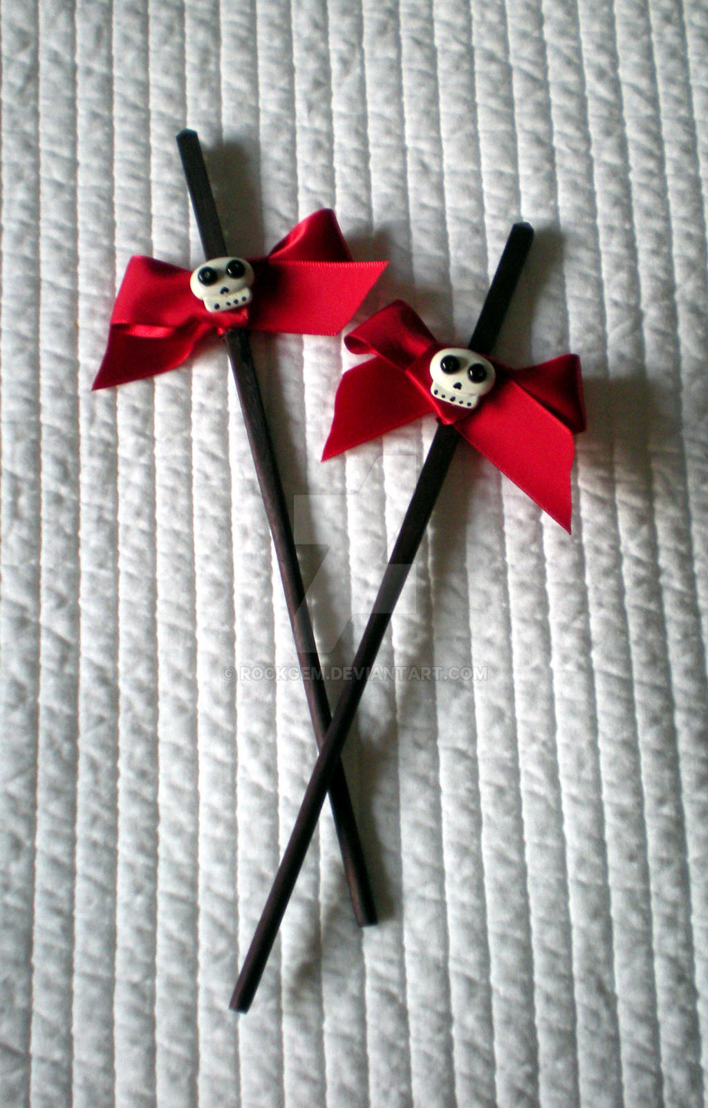 Hair 'Chopsticks' - Red bow and cute skull II by rockgem