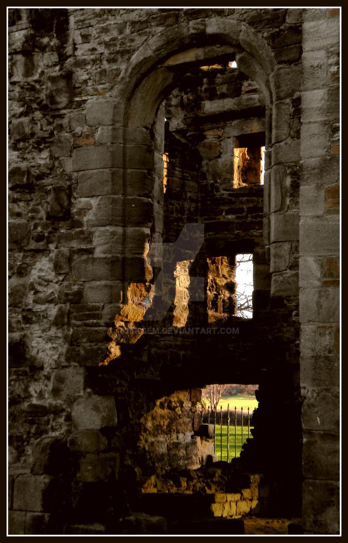 Gaps in the walls... I by rockgem