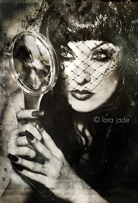 The Fortune Teller.. by larafairie