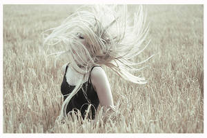 I Let Go by larafairie