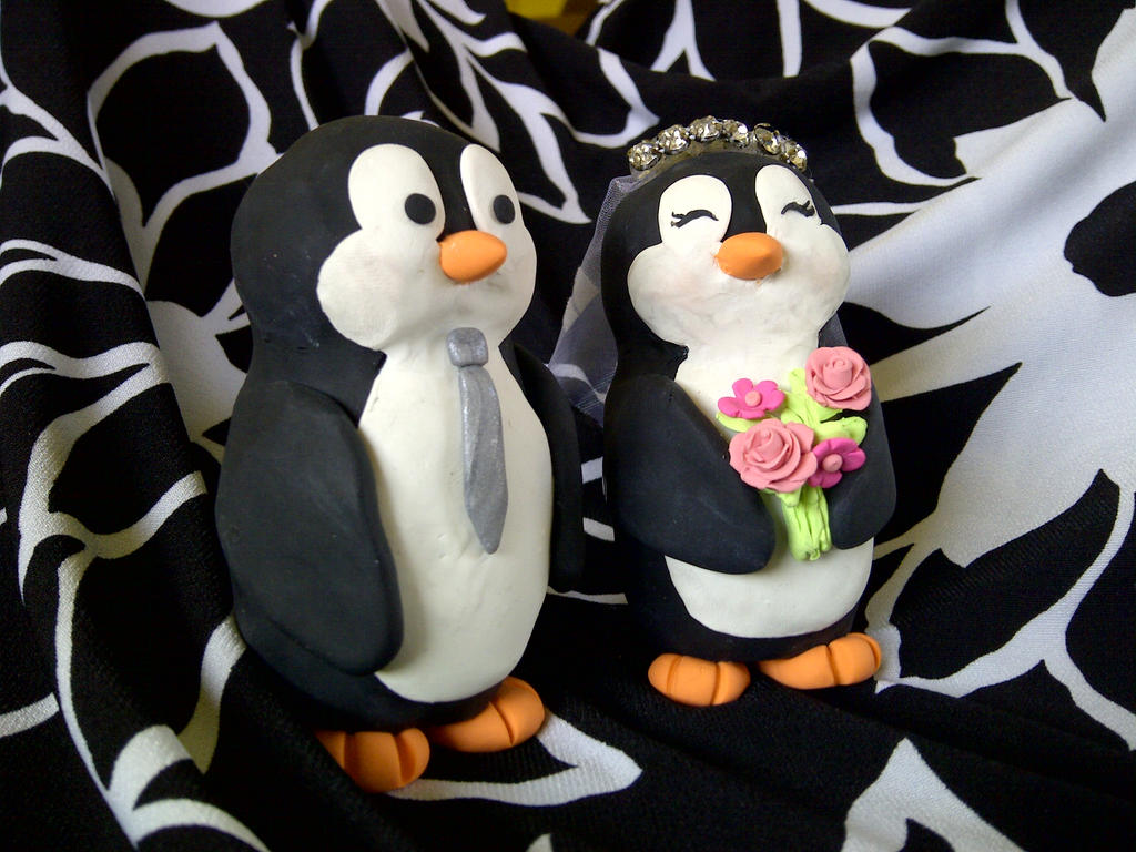 Penguin Wedding Cake Topper by estranged-illusions