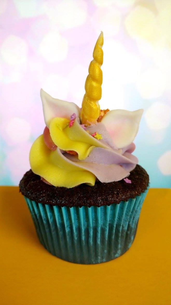 Unicorn Cupcakes by estranged-illusions
